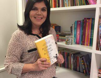 """Livro com meu poema """"Mergulho de Amor"""" chega para encantar corações"""